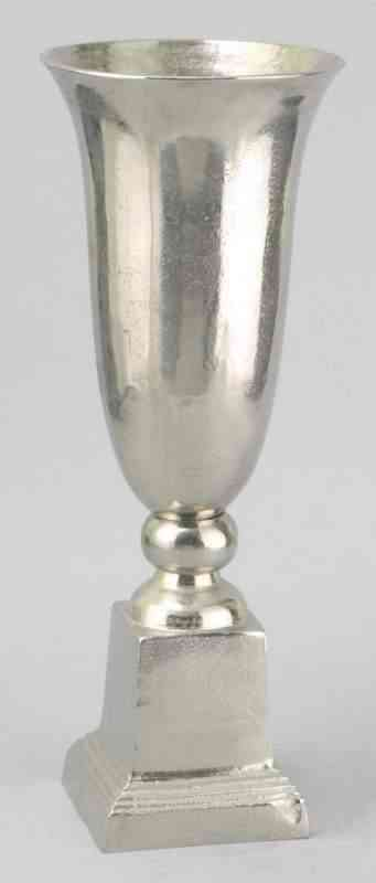 Aluminum tall Centerpiece Vases