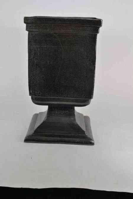 Metal obsidian Finish Square Vase
