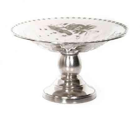 Metal Embossed Pedestal