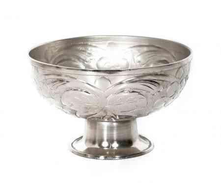 Metal Embossed Pedestal Bowls