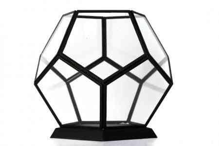 Iron & Glass geometrical lantern 10″X9″